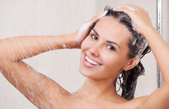 massagear-o-couro-cabeludo