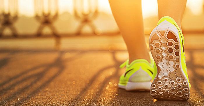 praticar-exercicios-correr-caminhar