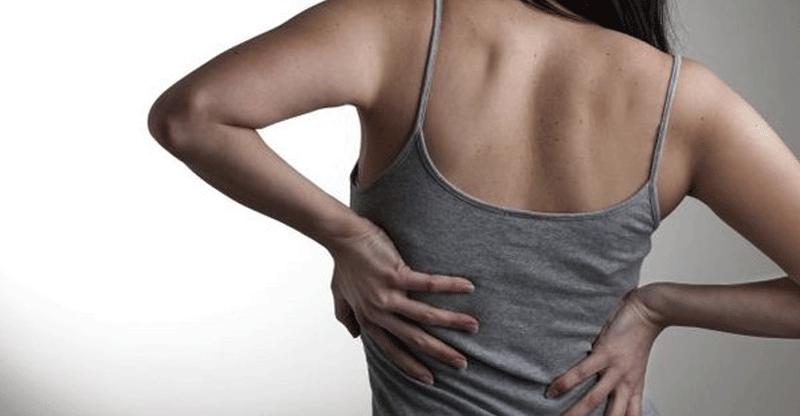 dor nas costas lado direito o que pode ser?