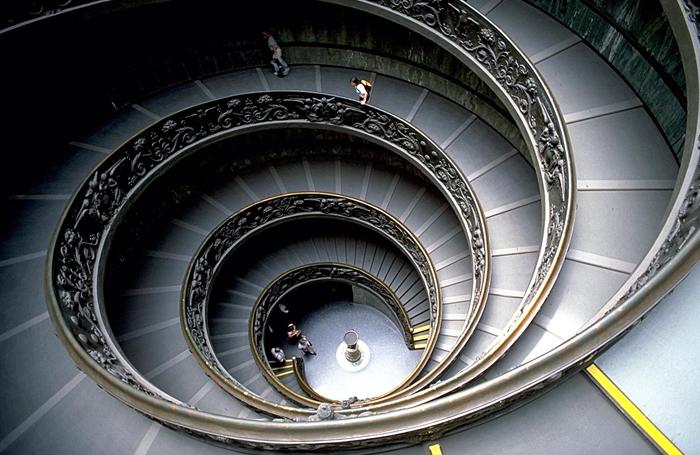 escada-espiral-hipnose