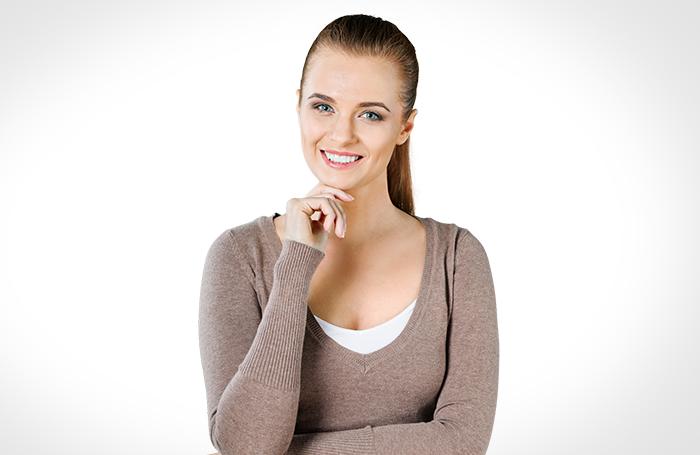 mulher-com-blusa