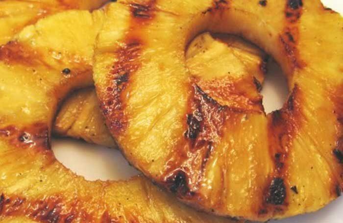 abacaxi-assado-no-forno