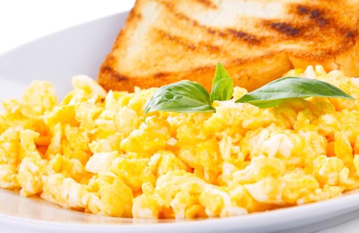 preparar-ovos-mexidos