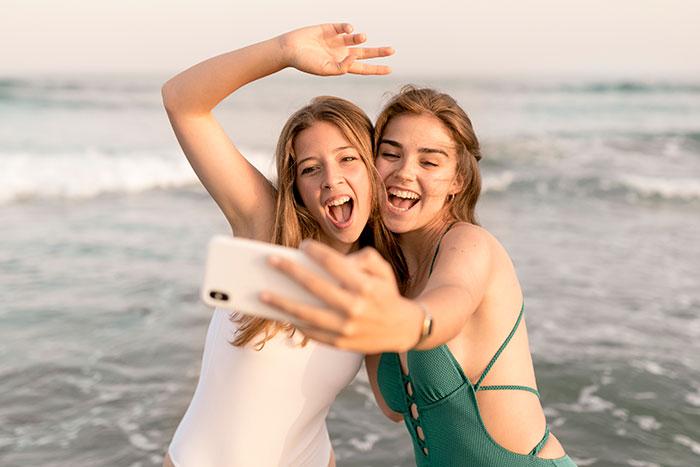 amigas selfie